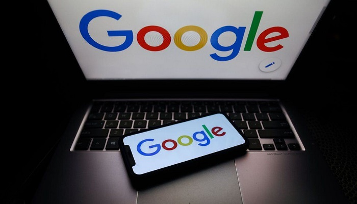 Russia threatens to slow down Google over 'banned content'