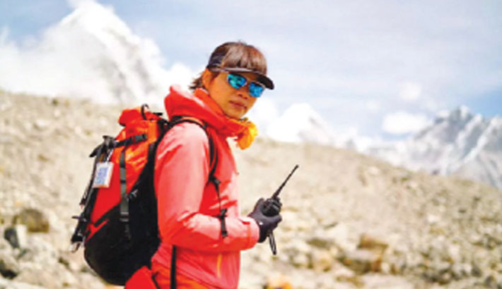 HK woman breaks record for fastest ascent of Everest