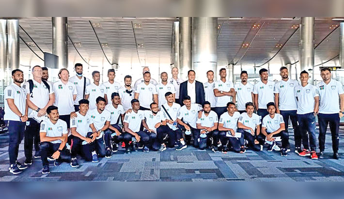 Nat'l booters reach Qatar safely