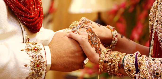 Parents who do not marry off their children at the age of 18 will be fined under law put forward by Pakistani politician