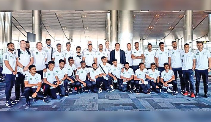 Nat'l booters begin practice in Qatar