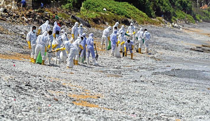 Sri Lanka facing marine disaster from burning ship