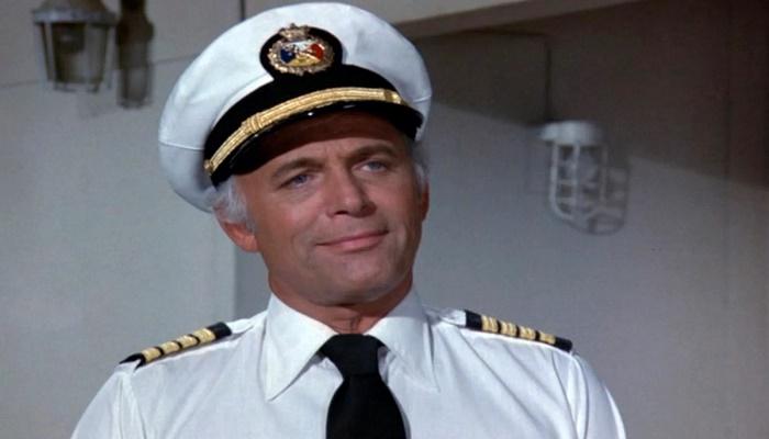 'Love Boat' captain Gavin MacLeod dead at 90