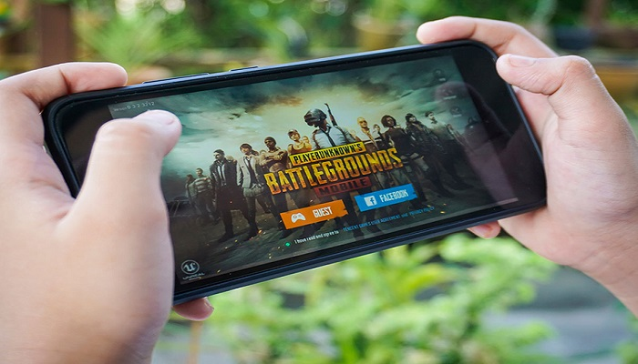 8th grader 'kills self' as parents stop him from playing mobile games