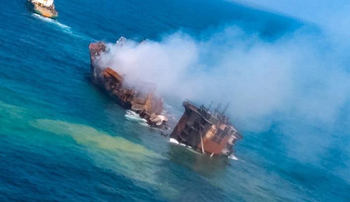 Fears of environmental disaster as oil-laden ship sinks off Sri Lanka