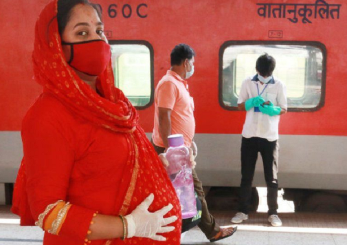 Covid worries India's pregnant and unprotected mothers-to-be