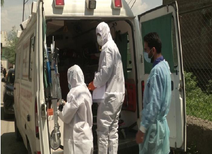 Covid-19: NGO in Srinagar provides free ambulance service with oxygen, ICU facilities