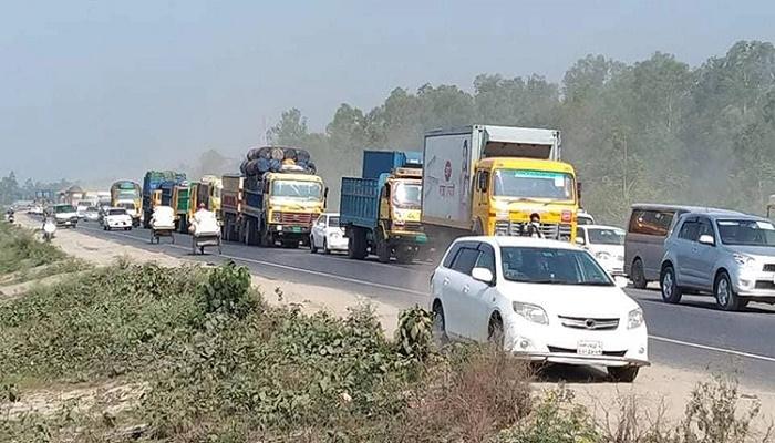 27km long tailback on Dhaka-Tangail highway