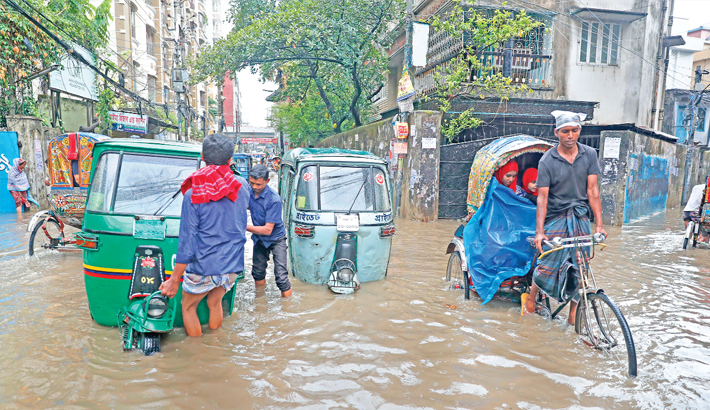 Waterlogging causes public woes in capital