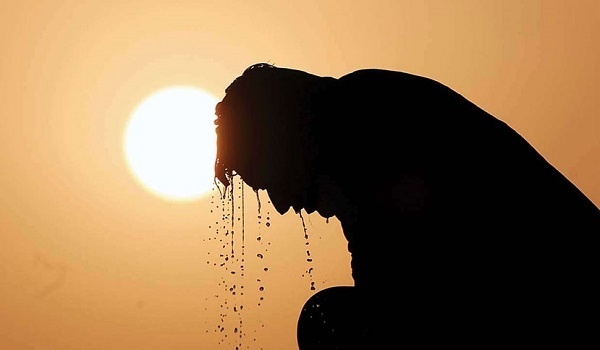 Mild heat wave sweeping over parts of the country