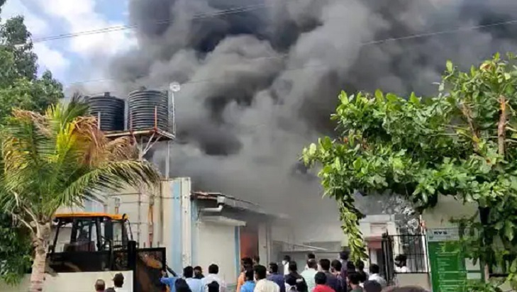 14 dead in fire at Pune sanitiser firm, rescuers search for missing staff