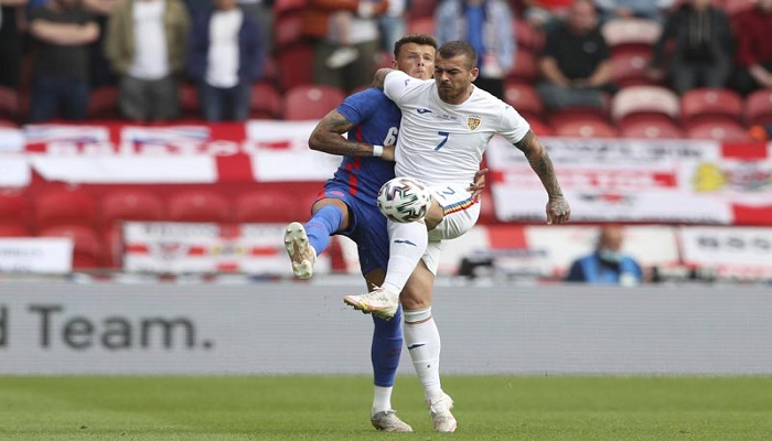 White replaces Alexander-Arnold in England's squad for Euros