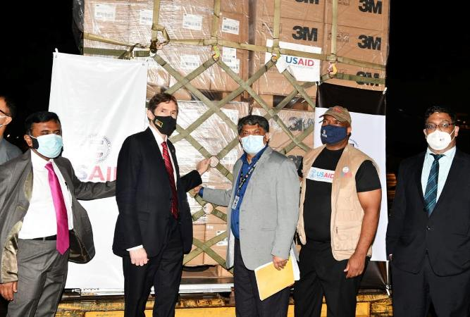 US delivers emergency medical supplies to Bangladesh to combat COVID-19