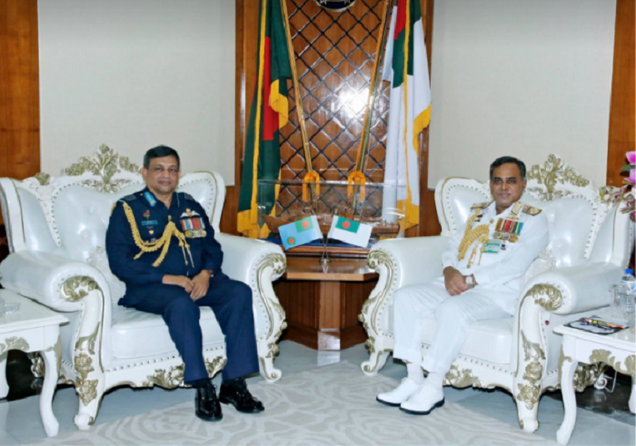 Outgoing Chief of Air Staff called on Chief of Naval Staff