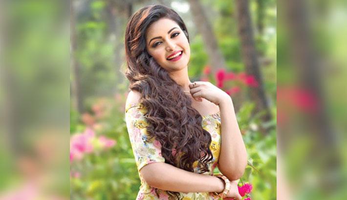 Pori Moni in Chayanika's 'Antarale'