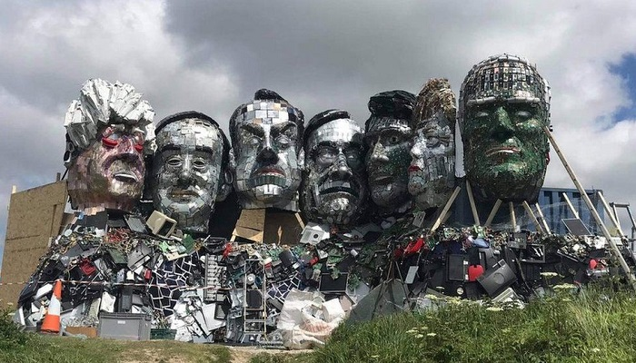 'Mount Recyclemore' of G7 leaders made from electronic waste in Cornwall