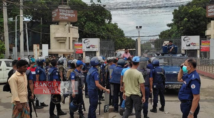 Female RMG worker dies during protest in Ashulia