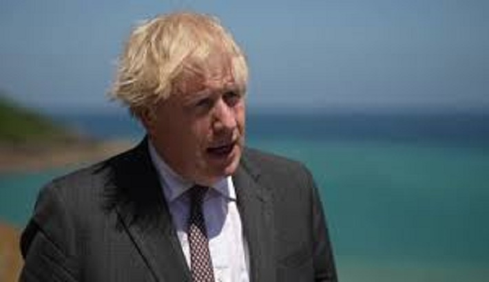 Covid: UK PM promises caution over June 21 lockdown end