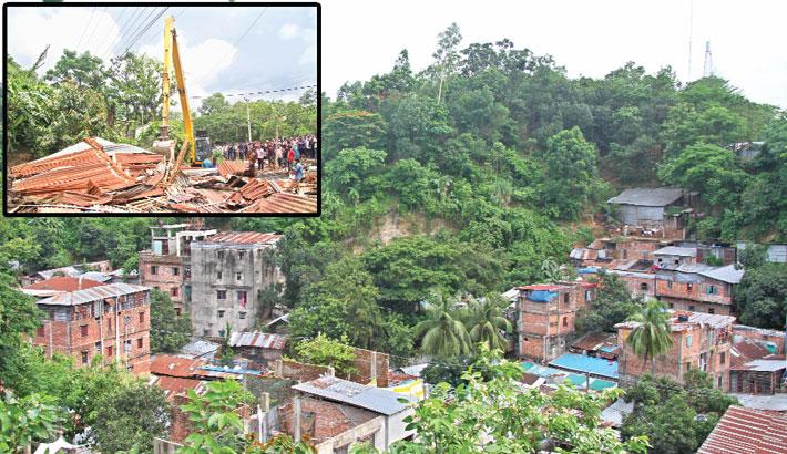 People still living on risky hill slopes in Ctg