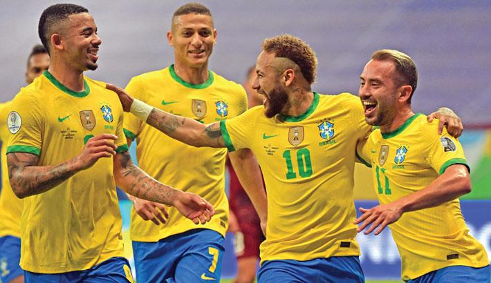 Neymar helps Brazil cruise to Copa win