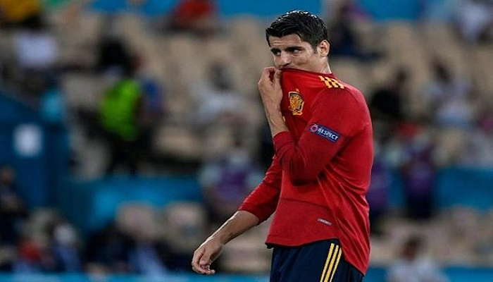 Morata jeered as wasteful Spain frustrated by Sweden