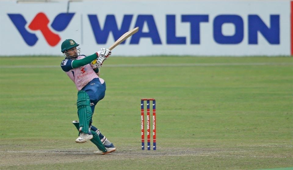 Mohammedan holds nerve to win Super Over against Khelaghar