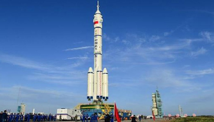 Chinese rocket with manned crew to blast off Thursday