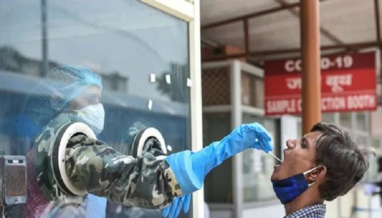 India reports 62,224 new Covid cases, 2,542 deaths