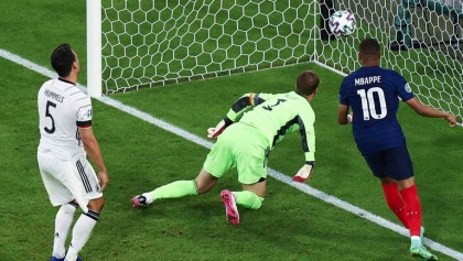 Hummels own goal gifts France 1-0 win over Germany