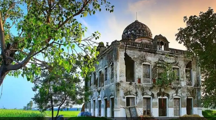 SGPC raises eyebrows at dilapidated condition of historical Sikh shrine in Pakistan