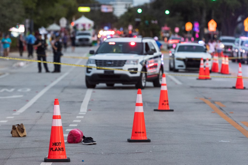 One killed as truck hits crowd at Florida Pride parade