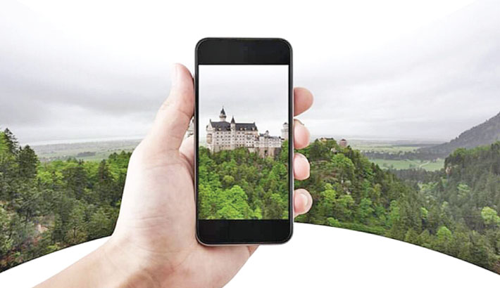 Physical tourism replaced by virtual tourism