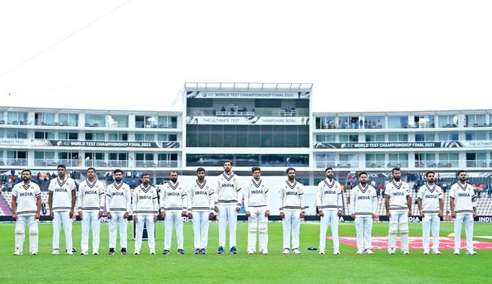 Kohli keeps NZ at bay in World Test final