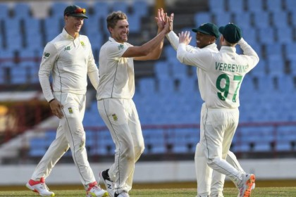 'Tough day' for reeling Windies as South Africa eye Test sweep