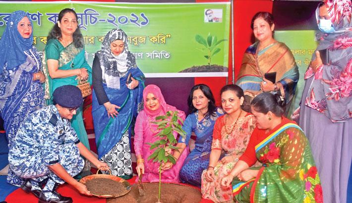 President of Bangladesh Air Force Women Welfare  Association (BAFWWA) Tahmina Hannan inaugurates a tree plantation programme by planting a sapling recently.
