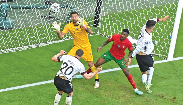 Germany trounce Portugal; Poland hold Spain