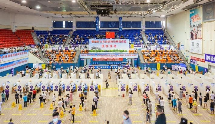 Covid: China administers a billion vaccine doses