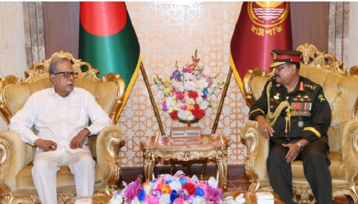 Gen. Aziz pays farewell call on the President