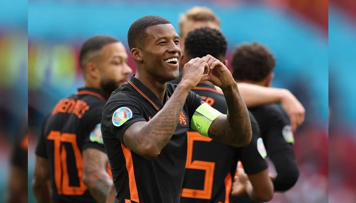Wijnaldum double as Dutch complete perfect Euro 2020 group phase
