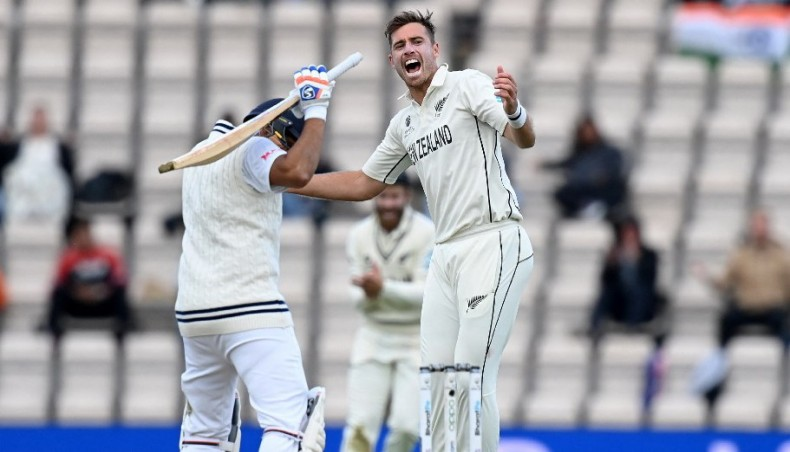 Southee double gives New Zealand hope in World Test final against India
