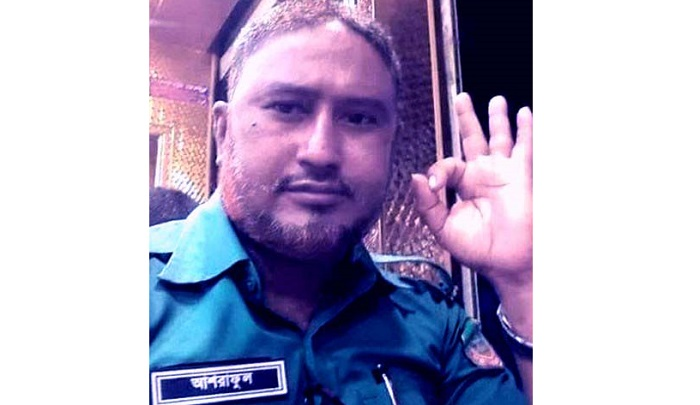 On-duty police constable dies in Rangpur