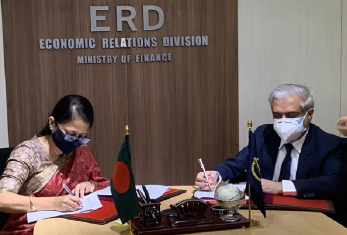 Govt, ADB sign agreements for $940m loan to purchase vaccines