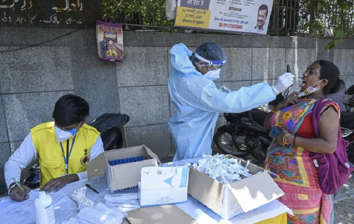 India's daily Covid tally rises with 54,069 new cases; recoveries over 29 mn