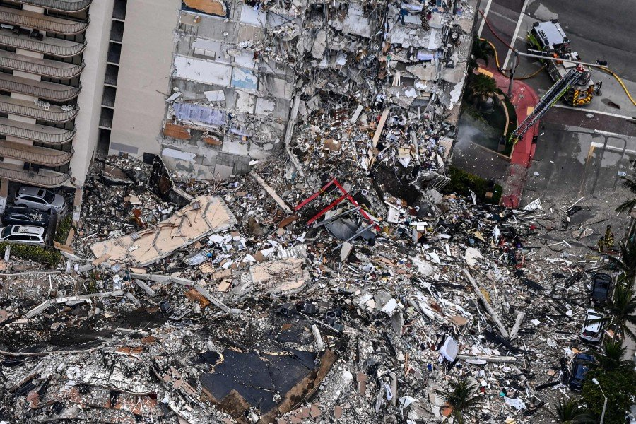 One dead, 99 unaccounted for in Florida building collapse