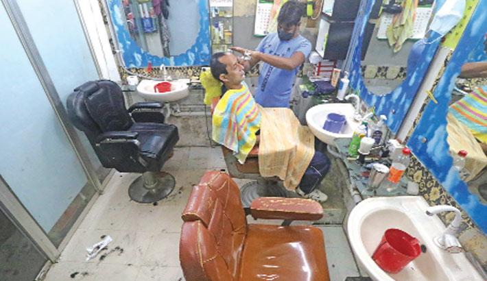 Barber community fighting for survival amid coronavirus