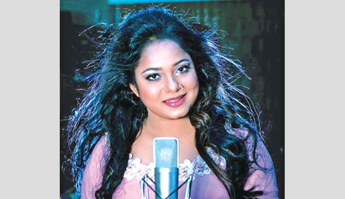Doly Shaontoni lends voice to 2 playback songs