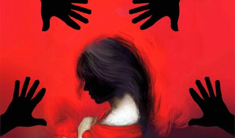 Out on joyride, woman raped by six on moving bus in Chattogram