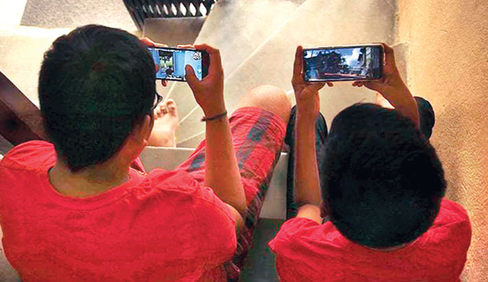 Virtual classes: Children getting addicted to online gaming