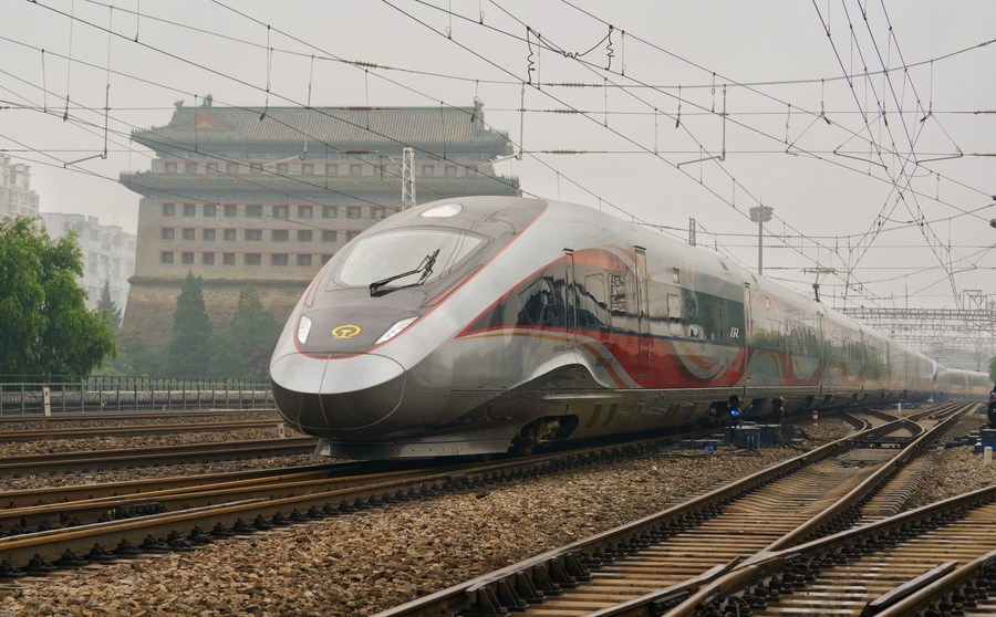 New generation of intelligent high-speed trains put into operation