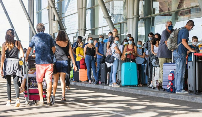 Spain, Malta and Portugal restrict non-vaccinated travelers